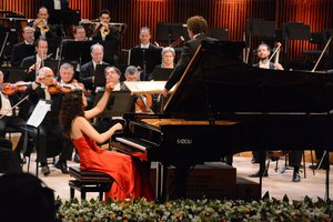 With the Israel Philharmonic and A. Fisch © Maxim Raider