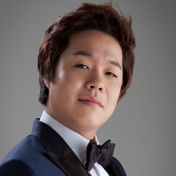Мён Хён Ли
